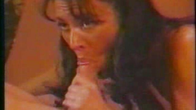 रूसी, बेटा, एक दोस्त के लिए, नग्न अपनी प्रेमिका की एक तस्वीर है सेक्सी पिक्चर फिल्म वीडियो फुल एचडी और वह एक साथ