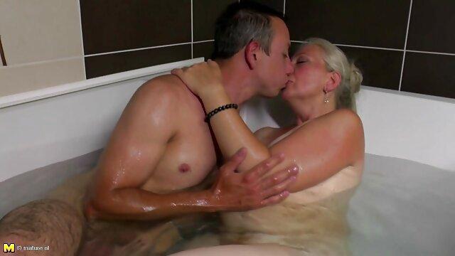एक आदमी के साथ जर्मन वेश्या बड़ी मूवी फुल सेक्सी मूवी दरार