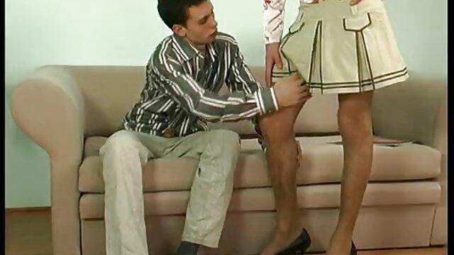 तीन: एक सेक्सी मूवी पिक्चर फुल एचडी कुर्सी पर पत्नी और प्रेमिका जासूस