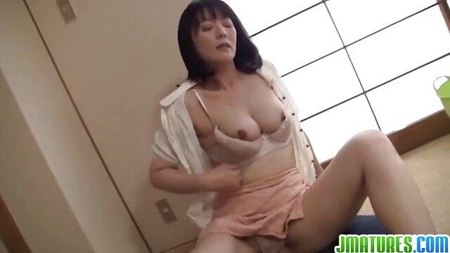 दो 18 साल पुराने पुरुषों के लिए महिला लालसा हिंदी सेक्सी फुल मूवी वीडियो