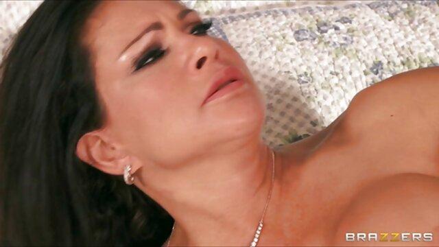पोर्न रॉय शैक्षिक और एक गरीब लड़की बकवास फुल सेक्स फिल्म