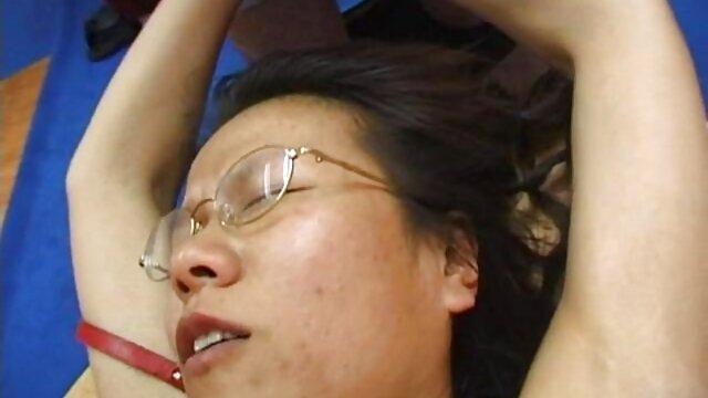 चालक सो रहा था, मलाशय में लापरवाह है, जो चेक सेक्सी फिल्म चाहिए फुल मूवी गणराज्य से एक पैदल यात्री