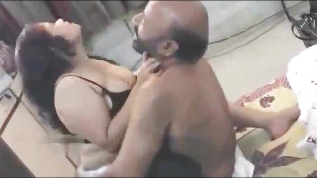 बूढ़ा फुल मूवी सेक्सी वीडियो में आदमी नग्न नर्सिंग, सह मुँह में गधे